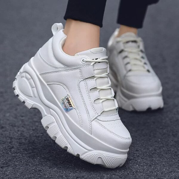 Fashion Thick Sole Women Sneakers Leather Platform Female Casual Shoes Chunky Sneakers 2019 Autumn Winter Women Creepers XU128