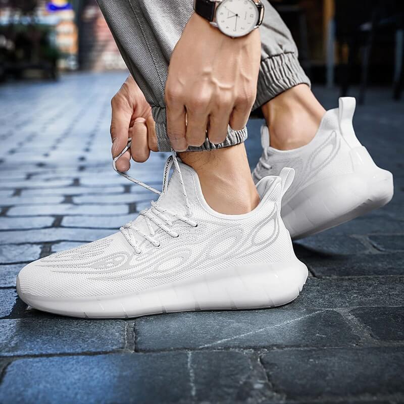 Mens Running Shoes Original Luxury Men Sports Shoes Light Breathable Men Shoes Comfortable Outdoor Non-slip Men Sneakers Zapatos