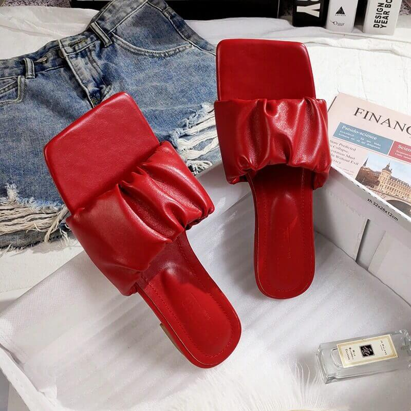 Summer new women's outdoor flat slippers Roma style PU red black white large size sandals fashion you rubber