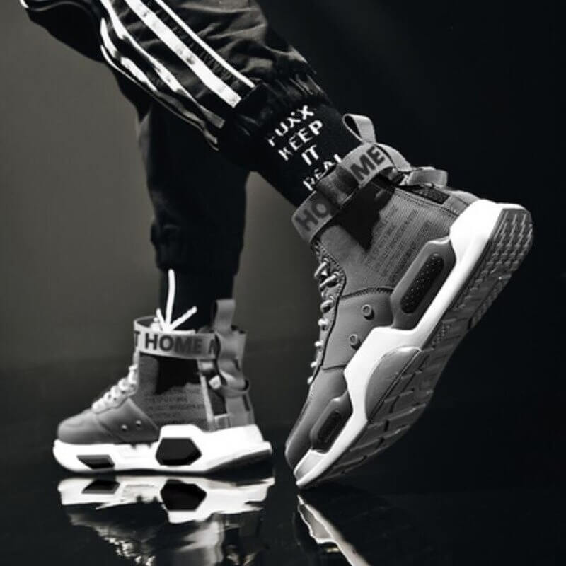 Sneakers High Top Shoe for Men, NEW Outdoor Breathable Training Shoe.