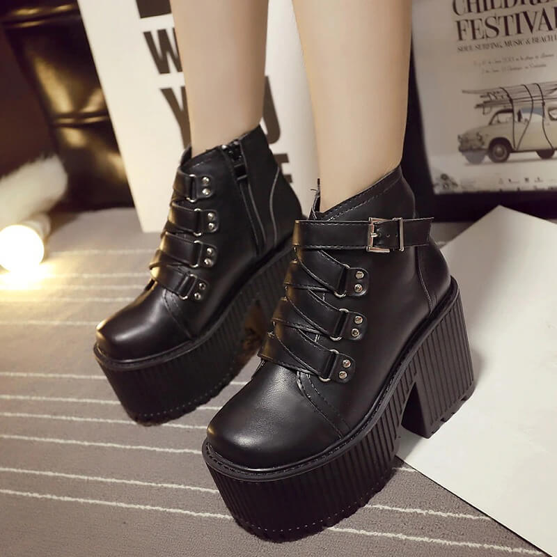 Leather Round Toe High Heel Boots Women Shoes Buckle Rubber Sole Black Platform Shoes Autumn Ankle